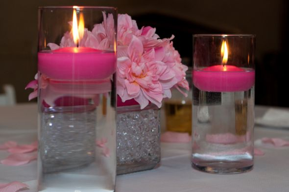 submerge glass vase with floating candle